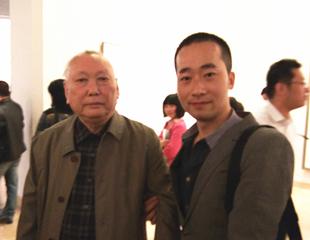 江苏省文联主席尉天池合影