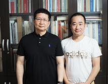 江苏省美术家协会会员吴宇华合影