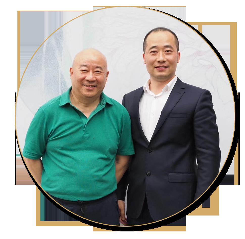 浦君艺术创始人胡桂忠与范扬先生合影