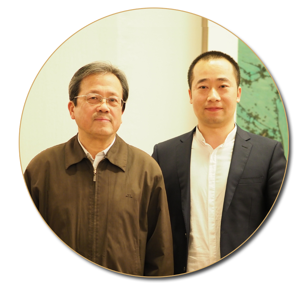 浦君艺术创始人胡桂中与冯远先生合影