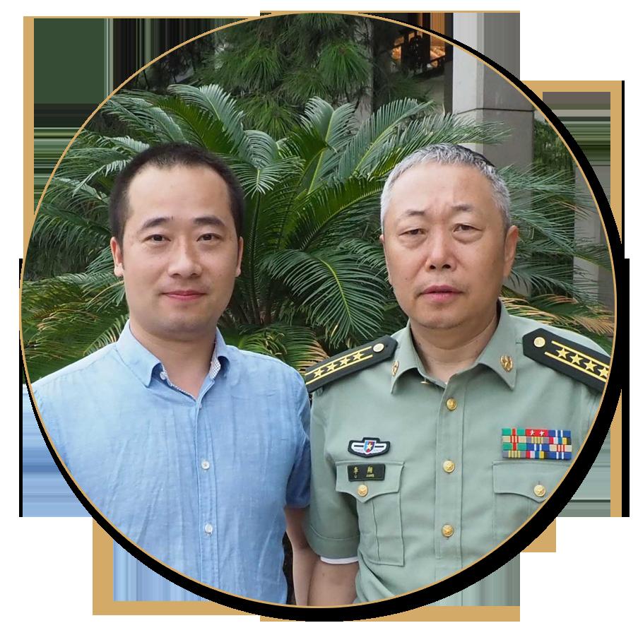 浦君艺术胡桂忠与中国美术家协会副主席李翔先生合影