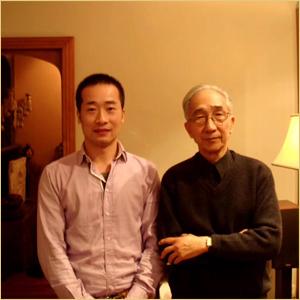 浦君艺术创始人胡桂忠与靳尚谊合影