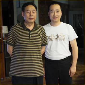 浦君艺术创始人胡桂忠与苗再新先生合影